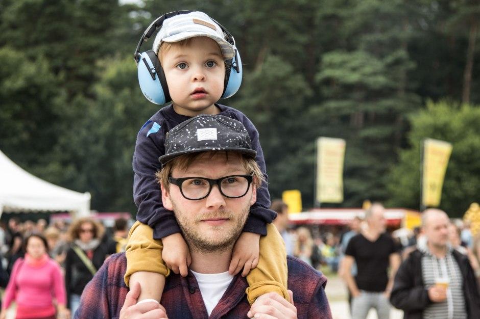 kind-festival-gehoerschutz-lautstaerke-summers-tale