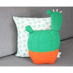 Kuscheliges Kaktus-Kissen
