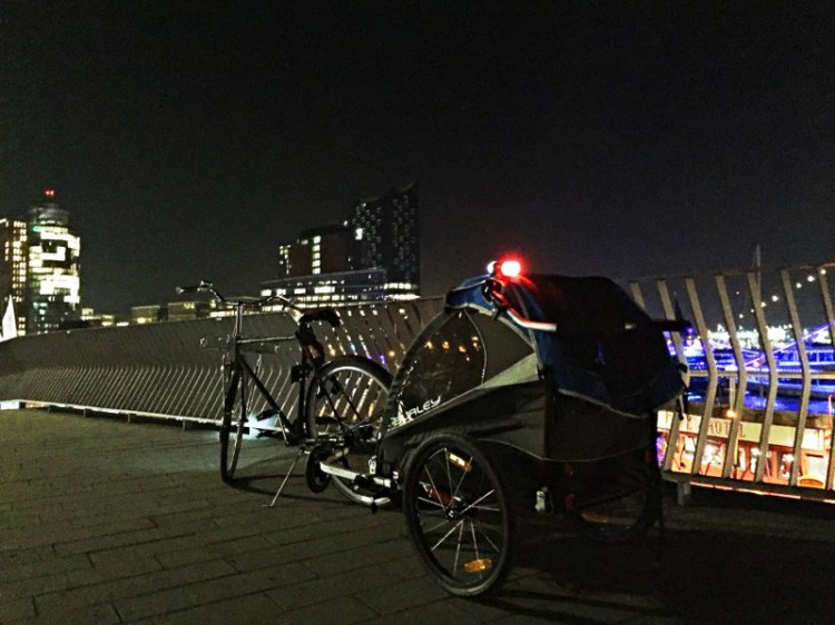 burley-fahrrad-anhaenger-licht-set.jpg