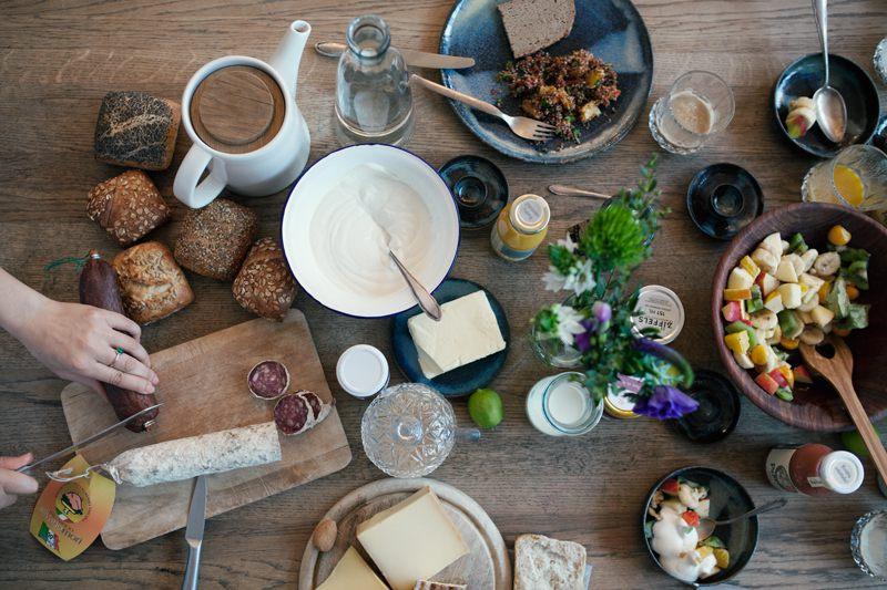 Frühstückstisch von oben