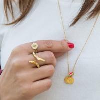 Mit Jane Kønig Schmuck personalisieren | Das perfekte Muttertagsgeschenk