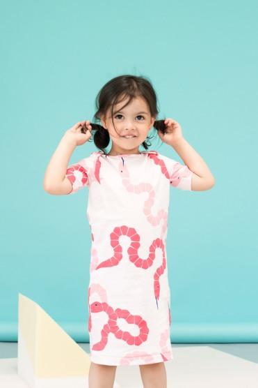 Nachhaltige Kindermode in Pastellfarben: Kleid von Love Kidswear