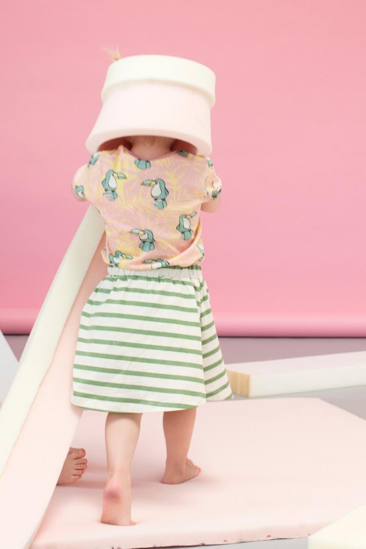 Nachhaltige Kindermode in Pastellfarben: Look von Småfolk