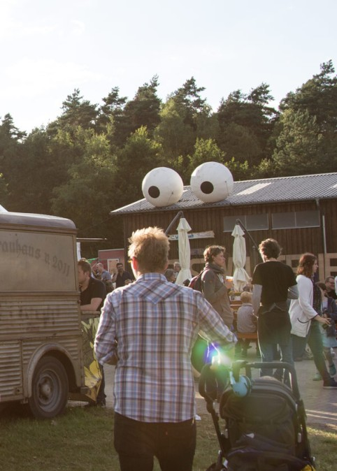 A Summers Tale-Festival mit Kind: Abendstimmung in der Food Area