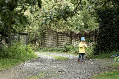 Kind in der Natur in Urnäsch