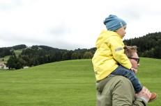 Papa und Kind im Reka Feriendorf Urnäsch