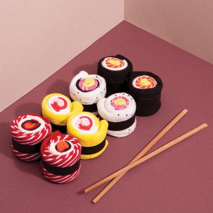 Geschenkidee von geschenke.de: Socken in Sushi-Optik