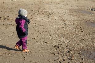kind-winter-strand-anzug-manitober