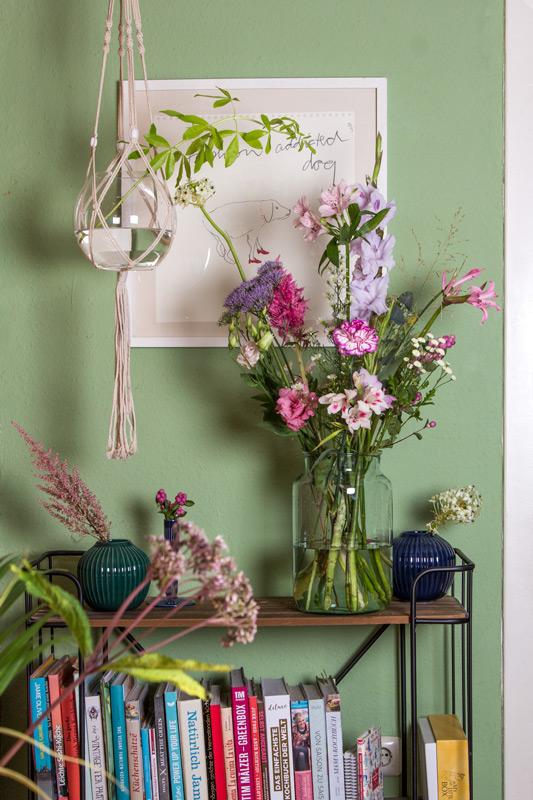 Blumenstrauss von Bloomon mit Rabatt-Code auf Küchenregal (Stringregal)