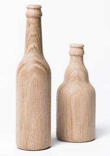 Nachhaltige Weihnachtsgeschenke für Männer: Bieröffner in Flaschenform von Kitchcanmakeyourich