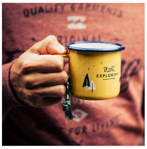 Nachhaltige Weihnachtsgeschenke für Männer: Emaille-Tasse Explorer