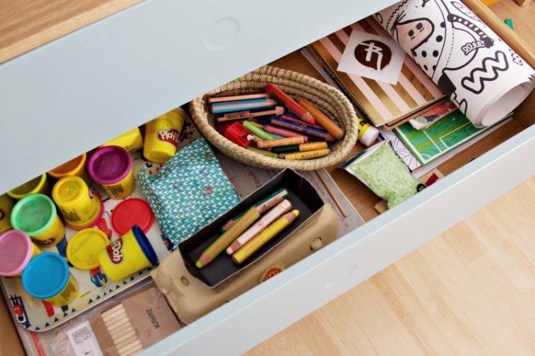 Kinderzimmer Makeover mit Wayfair: mintfarbene Kommode, Schublade mit Push-to-open-System
